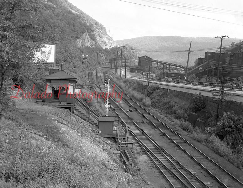 (1954) Herndon junction at the Glen Burn.
