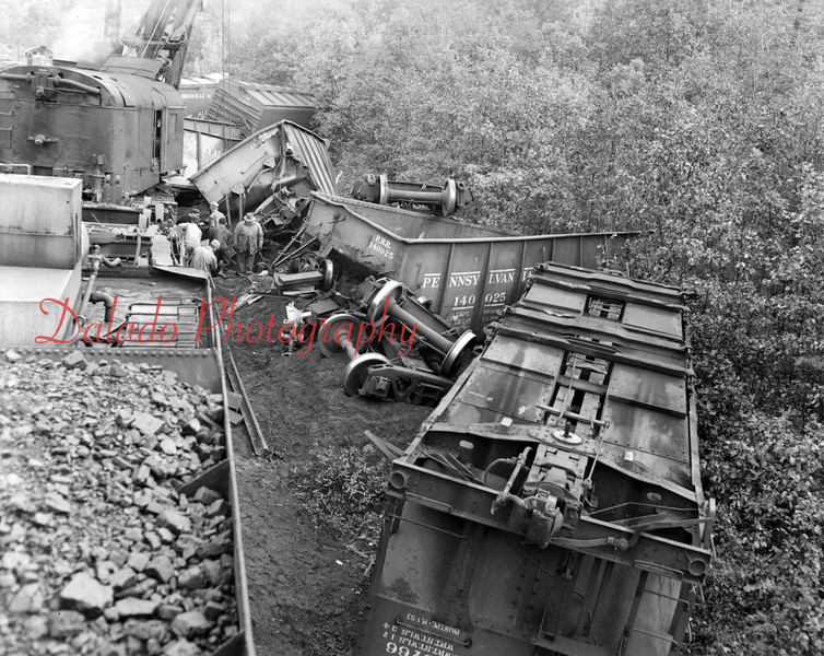 (1953) Train wreck in Brady.