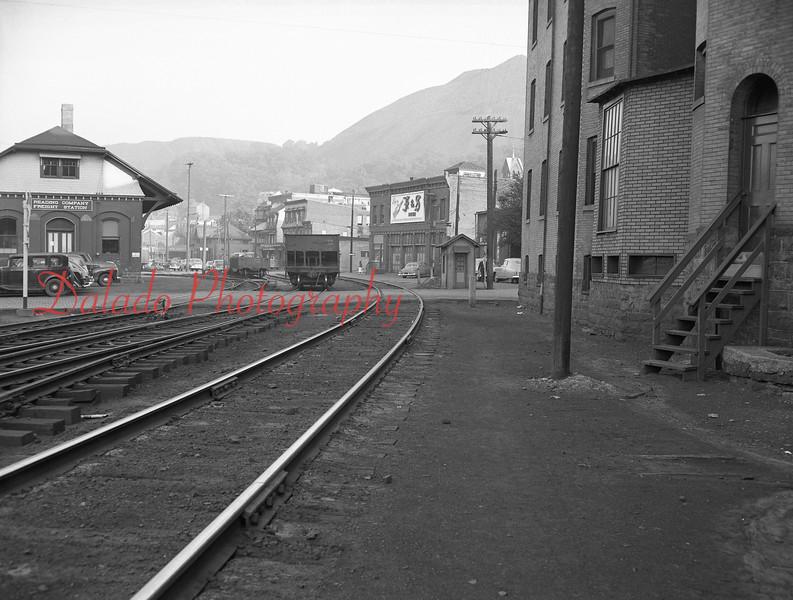(May 1952) Pennsy tracks at Rock Street.