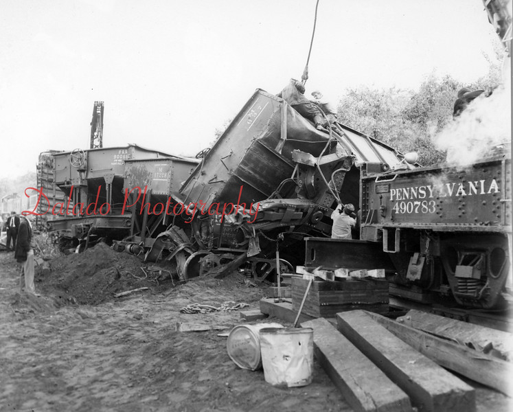 (1953) Train wreck near Brady.