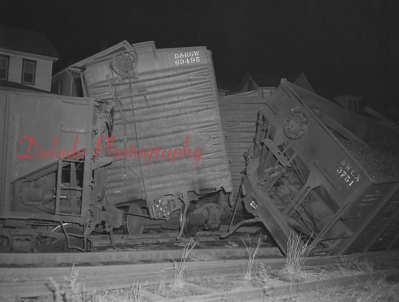 (Nov. 1962) Train Wreck in Sunbury.