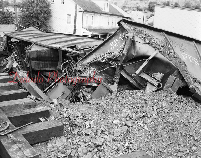 (1953) Train wreck in Brady.