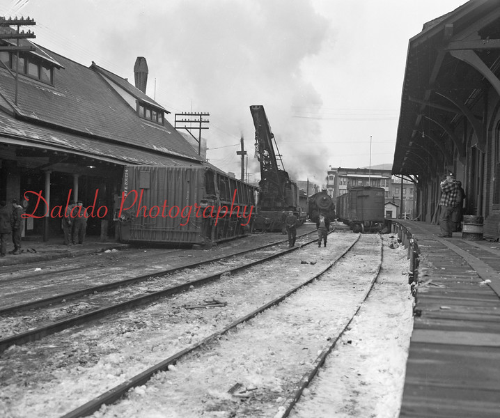 (Jan. 1951) Accident between the Reading Station and Freight in Shamokin.