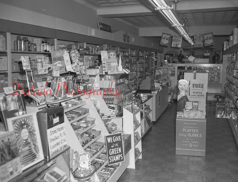 (1959) Unknown pharmacy.