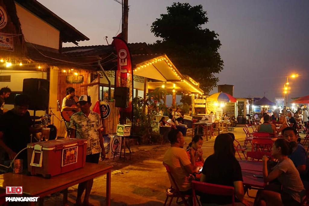 Chaloklum Market