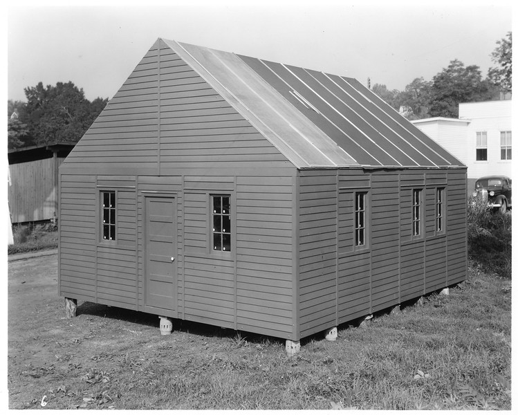 One room structure built for Thornhill Wagon Company (03101)