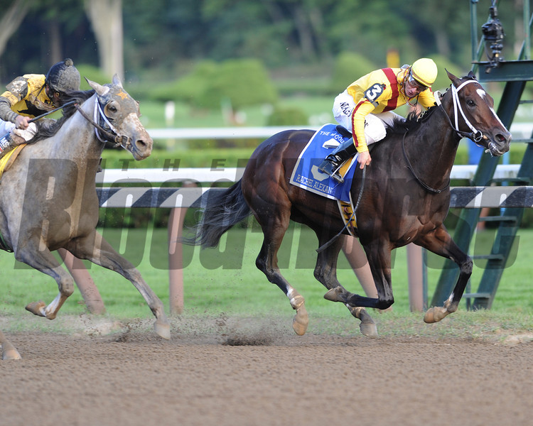 Rachel Alexandra wins the 2009 Woodward.<br /> Coglianese Photos