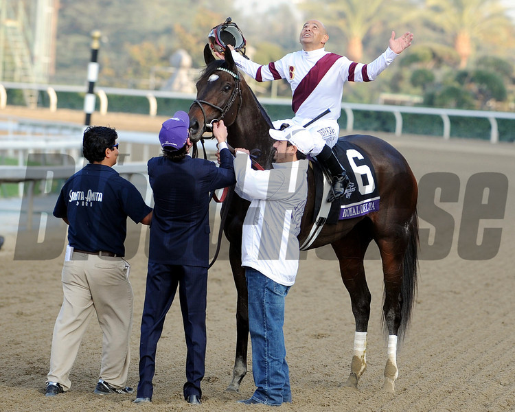 Royal Delta w/Mike Smith up wins the 2012 Breeders' Cup Ladies' Classic.<br /> Photo by Dave Harmon