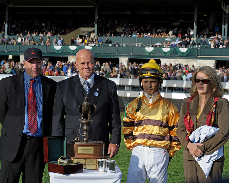 Caption: PRES, l-r,trainer Charlie Lopresti, Rick Nichols with Shadwell, Jose Lezcano and Amy Lopresti<br /> Wise Dan with Jose Lezcano up wins the Shadwell Turf Mile (gr. I) at Keeneland on Oct. 6, 2012.<br /> Keeneland<br /> ShadwellTurfMile1  image992<br /> Photo by Anne M. Eberhardt
