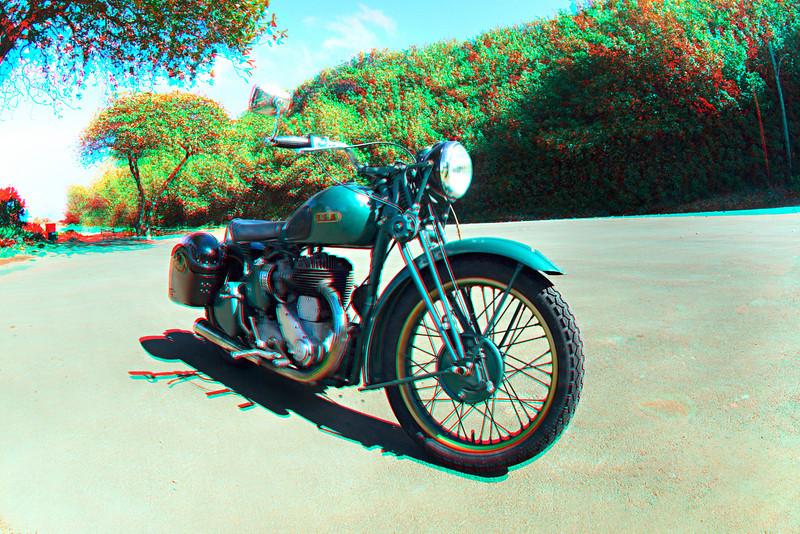 3D image of BSA motorcycle, Kapa'au, Hawaii