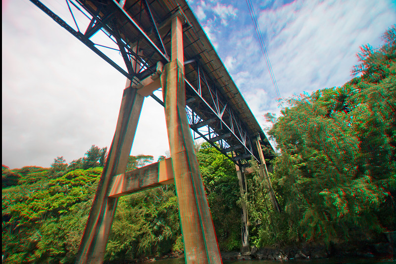 3D image of bridge, Hilo.