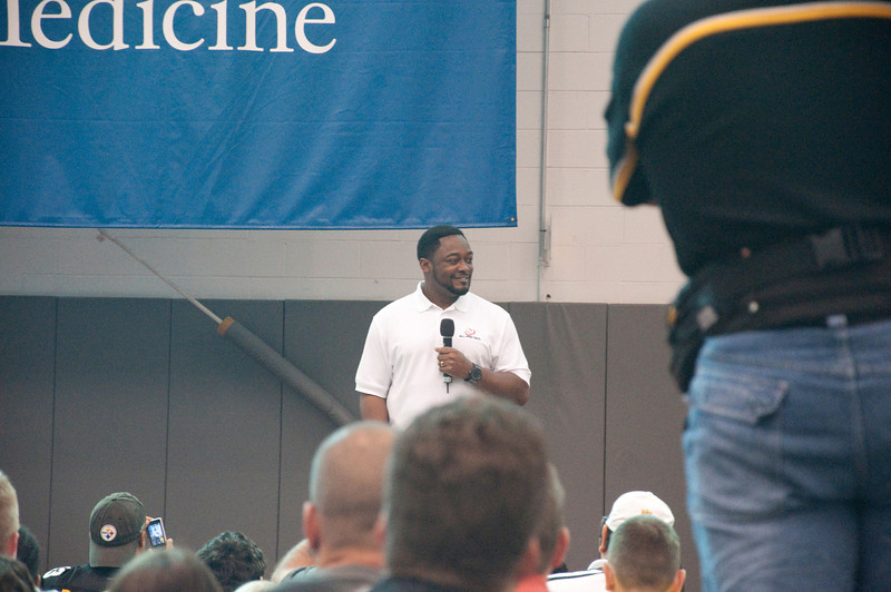 Coach Tomlin addresses the crowd.