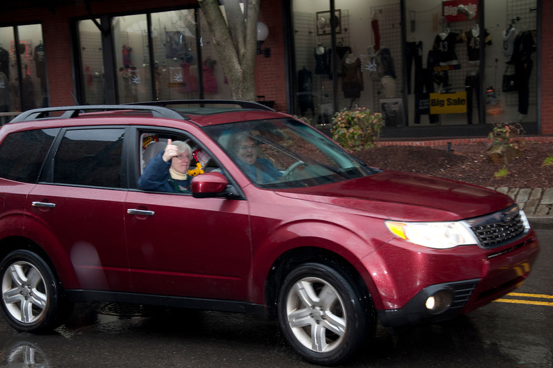 Pam Block gives the thumbs up as she and Sylvia Lynn arrive at Station Square.