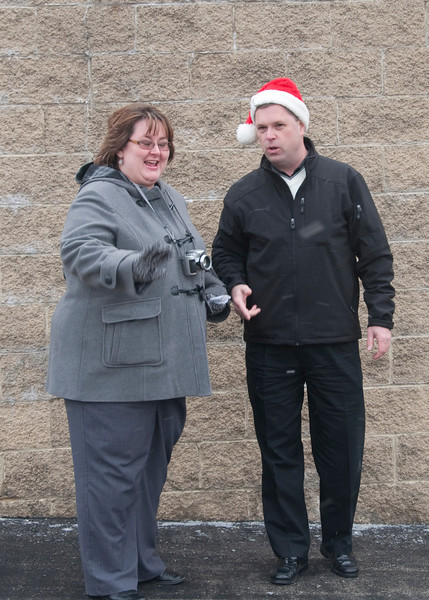 Kelly McDanel and Al talk transportation logistics.