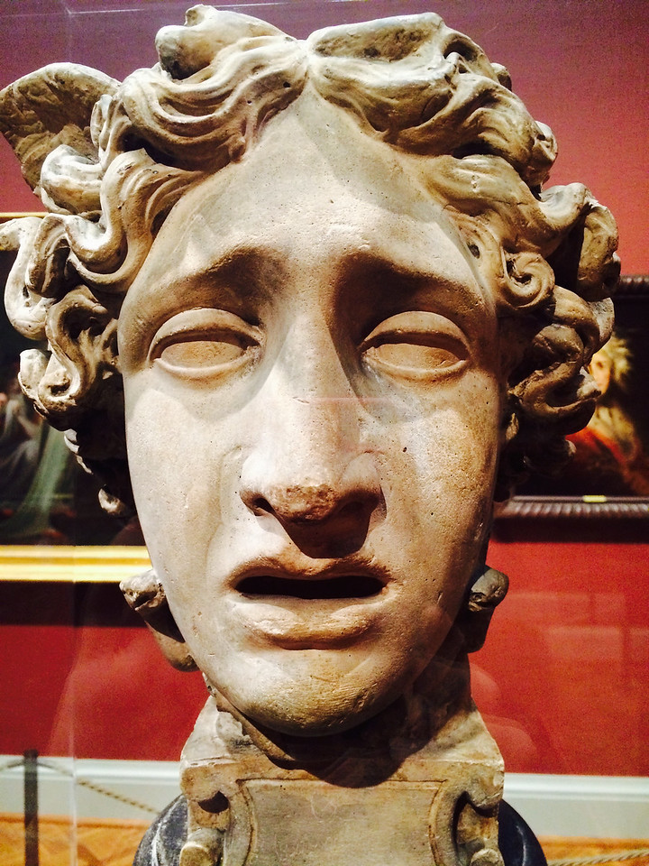 <i>Head of Medusa</i>, Antonio Canova. Animation: Claudia Hart