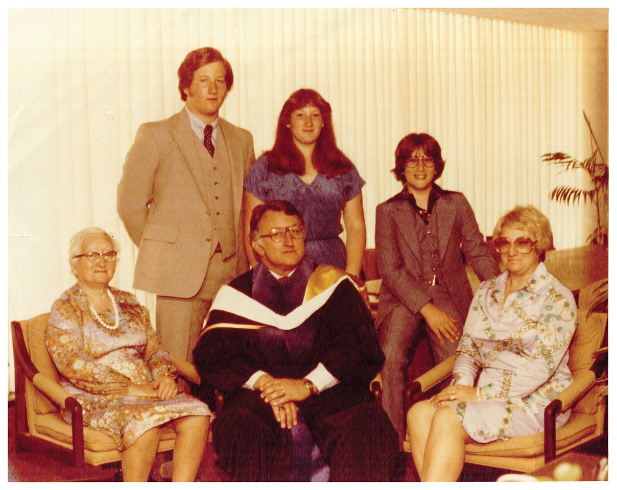 Pumerantz family photo taken at the COMP inauguration, 1978