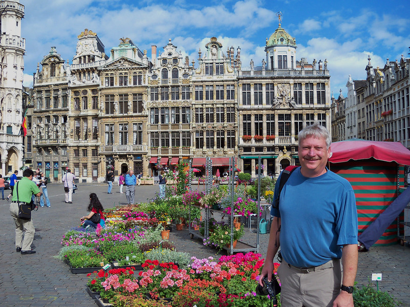 Bob on the main square: Grand Place, Brussels