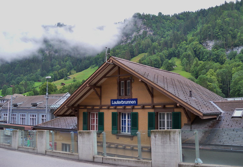 Lauterbrunnen train station