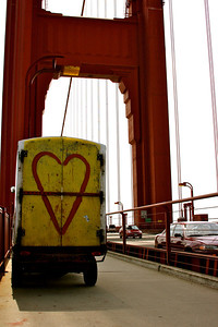 Love on the Golden Gate Bridge, San Francisco.