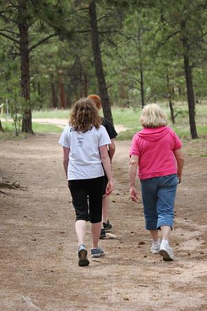 Walk in Fox Run Park