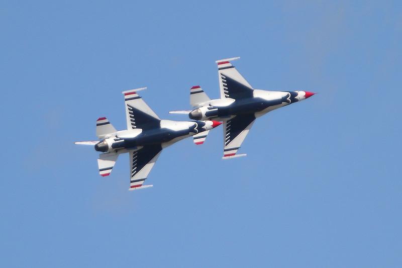 """USAF F-16 """"Thunderbirds"""" Image #4585"""