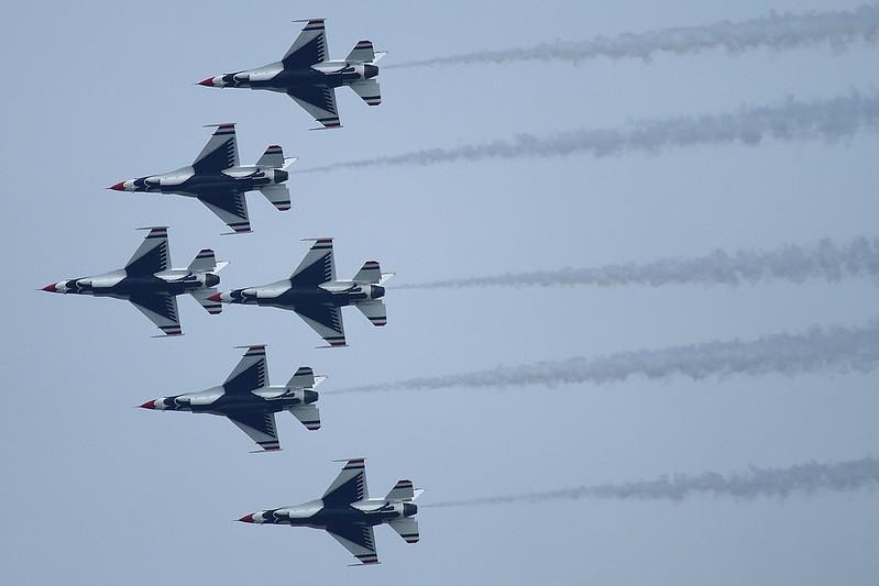 "USAF F-16 ""Thunderbirds"""
