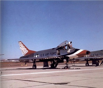 Thunderbirds F-100C 55-2724 1962