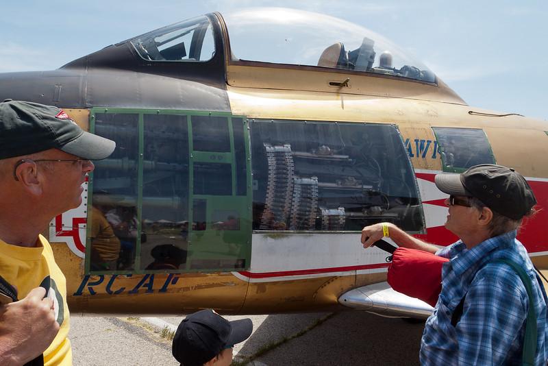110619_warplanes_0001
