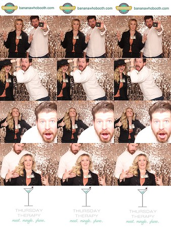 17Nov-ThursdayTherapy-photobooth-0006