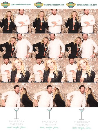 17Nov-ThursdayTherapy-photobooth-0013