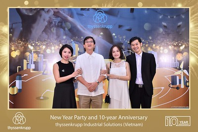 thyssenkrupp-New-Year-Party-2020-10th-years-anniversary-instant-print-photobooth-Chup-hinh-lay-lien-Tiec-Tan-nien-2020-tai-TP-Hanoi-WefieBox-Photobooth-Hanoi-074