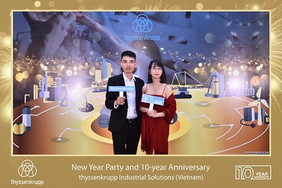 thyssenkrupp-New-Year-Party-2020-10th-years-anniversary-instant-print-photobooth-Chup-hinh-lay-lien-Tiec-Tan-nien-2020-tai-TP-Hanoi-WefieBox-Photobooth-Hanoi-077