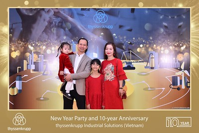 thyssenkrupp-New-Year-Party-2020-10th-years-anniversary-instant-print-photobooth-Chup-hinh-lay-lien-Tiec-Tan-nien-2020-tai-TP-Hanoi-WefieBox-Photobooth-Hanoi-076