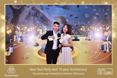 thyssenkrupp-New-Year-Party-2020-10th-years-anniversary-instant-print-photobooth-Chup-hinh-lay-lien-Tiec-Tan-nien-2020-tai-TP-Hanoi-WefieBox-Photobooth-Hanoi-087