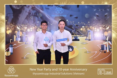 thyssenkrupp-New-Year-Party-2020-10th-years-anniversary-instant-print-photobooth-Chup-hinh-lay-lien-Tiec-Tan-nien-2020-tai-TP-Hanoi-WefieBox-Photobooth-Hanoi-089