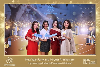 thyssenkrupp-New-Year-Party-2020-10th-years-anniversary-instant-print-photobooth-Chup-hinh-lay-lien-Tiec-Tan-nien-2020-tai-TP-Hanoi-WefieBox-Photobooth-Hanoi-081