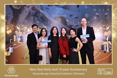 thyssenkrupp-New-Year-Party-2020-10th-years-anniversary-instant-print-photobooth-Chup-hinh-lay-lien-Tiec-Tan-nien-2020-tai-TP-Hanoi-WefieBox-Photobooth-Hanoi-086