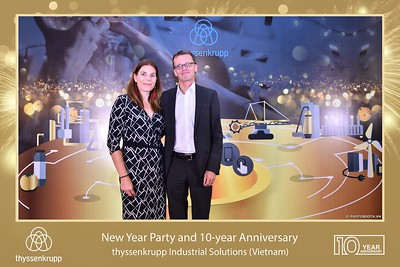 thyssenkrupp-New-Year-Party-2020-10th-years-anniversary-instant-print-photobooth-Chup-hinh-lay-lien-Tiec-Tan-nien-2020-tai-TP-Hanoi-WefieBox-Photobooth-Hanoi-069