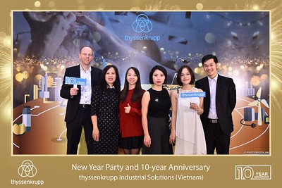 thyssenkrupp-New-Year-Party-2020-10th-years-anniversary-instant-print-photobooth-Chup-hinh-lay-lien-Tiec-Tan-nien-2020-tai-TP-Hanoi-WefieBox-Photobooth-Hanoi-085