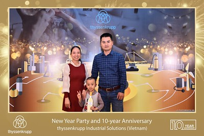 thyssenkrupp-New-Year-Party-2020-10th-years-anniversary-instant-print-photobooth-Chup-hinh-lay-lien-Tiec-Tan-nien-2020-tai-TP-Hanoi-WefieBox-Photobooth-Hanoi-079