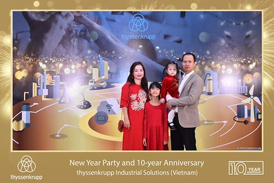 thyssenkrupp-New-Year-Party-2020-10th-years-anniversary-instant-print-photobooth-Chup-hinh-lay-lien-Tiec-Tan-nien-2020-tai-TP-Hanoi-WefieBox-Photobooth-Hanoi-070