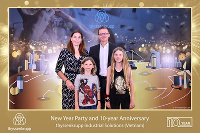 thyssenkrupp-New-Year-Party-2020-10th-years-anniversary-instant-print-photobooth-Chup-hinh-lay-lien-Tiec-Tan-nien-2020-tai-TP-Hanoi-WefieBox-Photobooth-Hanoi-068