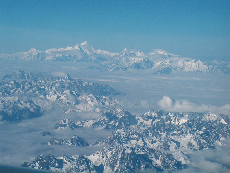Flying to Tibet