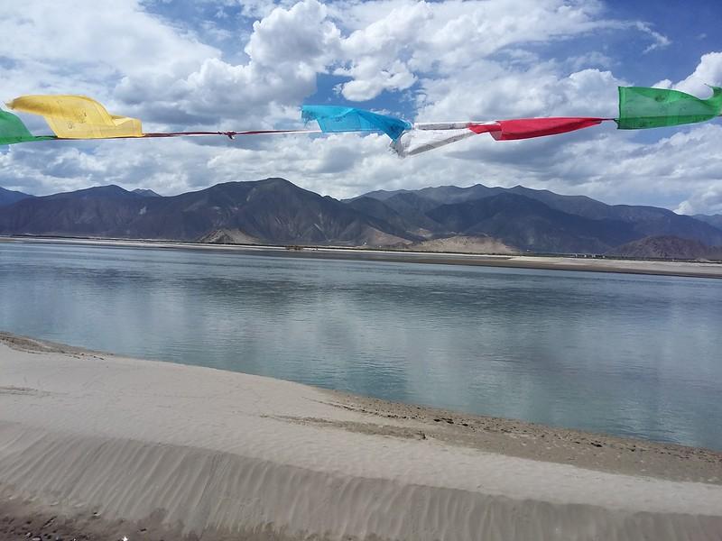 Сегодня полнолуние . По тибетскому календарю - Сага Дава. Встречаем День рождения Будды в монастыре Самье.