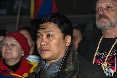 Muž z Barmy - demonstrace pro Tibet 10.3.2015