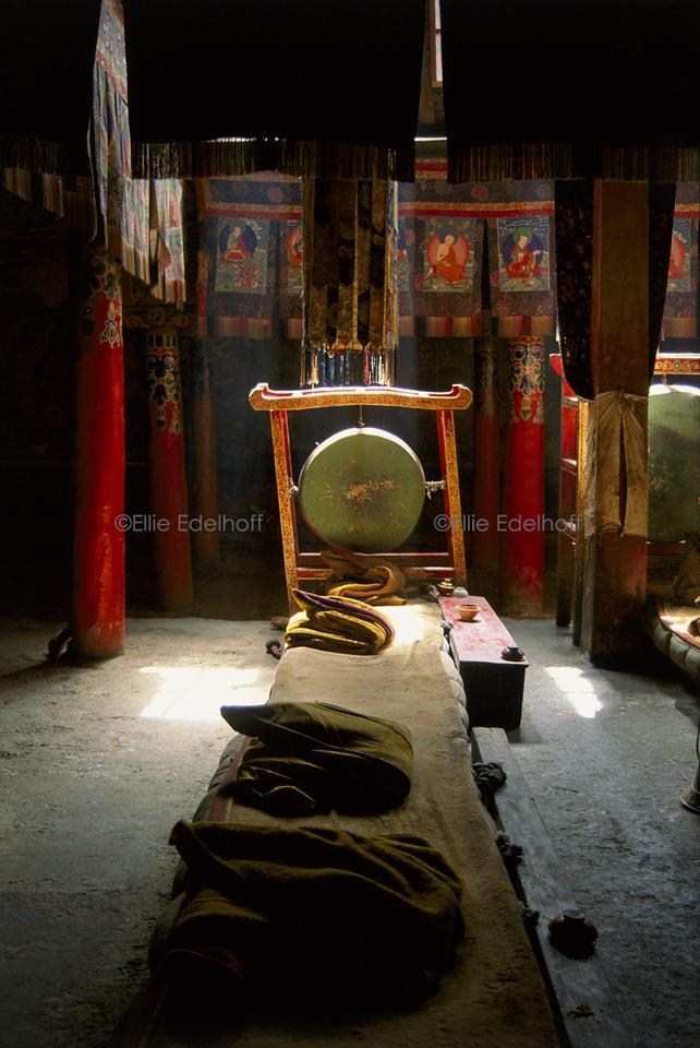 Tashilumpo's Inner Light - Central Tibet