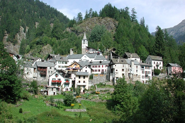 The town of Fusio, Val Lavizzara. Source: ticino.ch