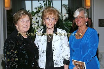 IMG_3989 Kathleen Fallon,Sheila Marano,Anne Tulloch