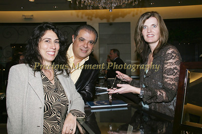 IMG_2391 Paula & Ricardo DeGovia with Heather Schneider