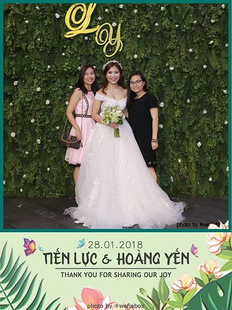 Tien-Luc-Hoang-Yen-Wedding-photobooth-instant-print-chup-anh-lay-lien-su-kien-tiec-cuoi-066